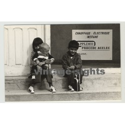 Paris 1970s: Southern Kids Sitting On Stairs (Vintage Photo)