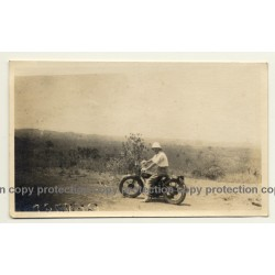Congo-Belge: Colonial Master On Motorbike In Steppe (Vintage Photo ~1930s)