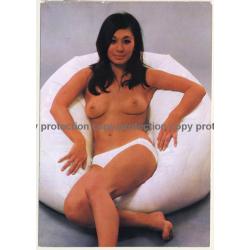 Nude Showgirl Josui / Akt-Studio X - Kurfürstendamm (Vintage PC Berlin 1960s)