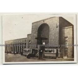 70173 Stuttgart / Germany: Hauptbahnhof HBF / Schupo - Strassenbahn (Vintage Photo B/W 1931)
