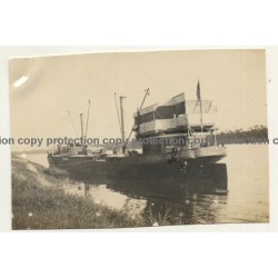 Congo - Belge: Barge / Boat At River Shore (Vintage Photo ~1920s/1930s)