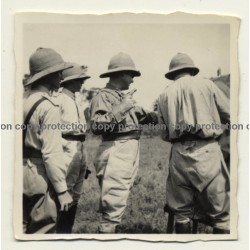 Congo - Belge: Belgian Officer In Front Of Native Hut (Vintage Photo ~1920s/1930s)