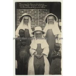 Urundi-Kanginia / Congo Belge: Missionaires Et Jeunes Élèves (Vintage RPPC)