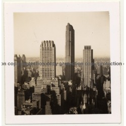 New York: View Over Manhattan / Skyscrapers (Vintage Photo B/W ~ 1960s)