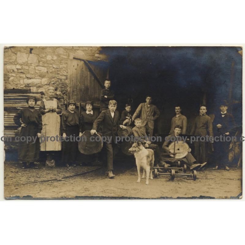 Family & Staff Of Sawmill / Sawblade - Wood - Profession (Vintage RPPC ~1910s)