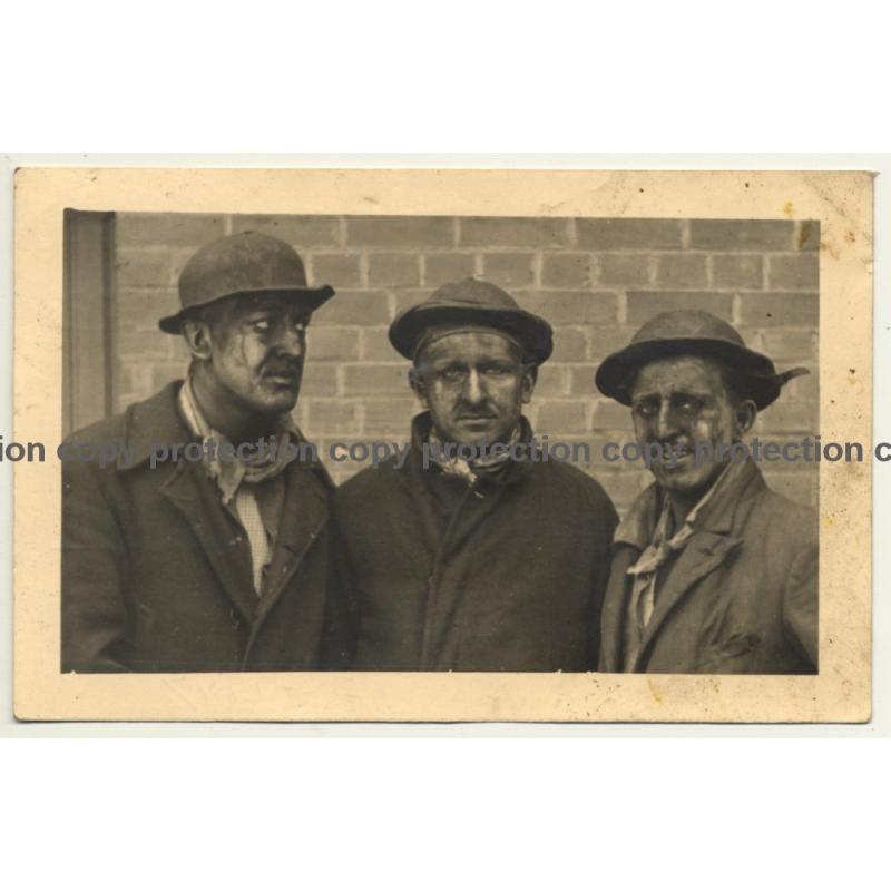 Quaregnon / Belgium: 3 Dirty Coalminers (Vintage RPPC 1947)