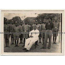 Congo Belge: Chief Baruti W. Force Publique Officers & Clerk - Signed! (Vintage Photo ~1950s)