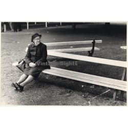 Lydia Nash / Bruxelles: Old Lady On Park Bench (Vintage Photo 1980s/1990s)