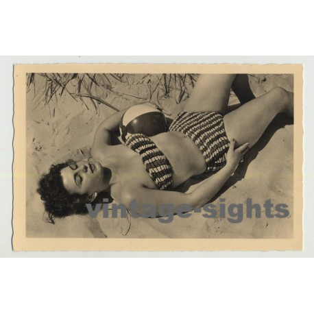 Beach Bunny In The Sand / Pin-Up - Ball (Vintage Photo Postcard: GDR 1956)
