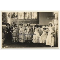 Congo Belge: Female High Society Dressed Up To The Nines (Vintage RPPC ~1910s)