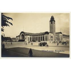 Helsinki / Finland: Rautatieasema - Train Station (Vintage RPPC Gelatin Silver)