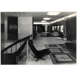 Bruxelles: Hotel Mac Donald - Hotel Lobby - Lounge Chair /...