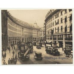 London / UK: Regent Street - Double-Decker - Oldtimer (Vintage...