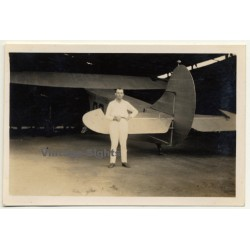 Port-Franqui - Llebo / Congo-Belge: Pilot In Front Of Airplane...