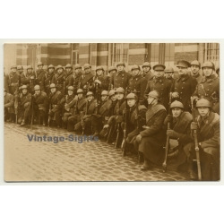 Large Group Of Belgian Soldiers / Uniform - Mauser Rifle...
