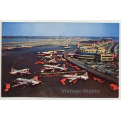 New York / USA: La Guardia Airport (Vintage Postcard ~1960s)