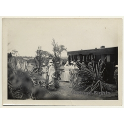 Congo-Belge: Colonial Society & Missionaries In Front Of Train...