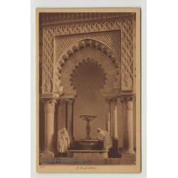 Lehnert & Landrock: A La Fontaine / People At A Fountain *231
