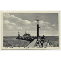 Warnemünde / Germany: West Pierhead Light - Ferry (Vintage...