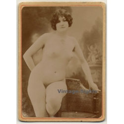 Chubby Shorthaired Nude / Small Boobs - Victorian Era (Vintage...