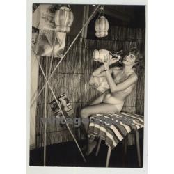 Mature Blonde Nude W. Tan Lines In Bambus House  (Vintage Amateur Photo 1950s)