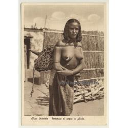 Africa Orientale: Portatrice Di Acqua In Ghirba / Nude -...