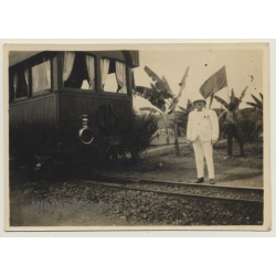 Congo-Belge: Colonialist & Native In Front Of Train Wagon...