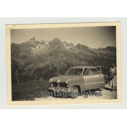 Ford Taunus 12M 15M On Tour: In Front Of The Swiss Alps (Vintage Photo 50s)