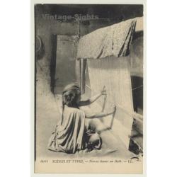 Maghreb: Femme Tissant Un Haik / Weaving  (Vintage PC L.L.)