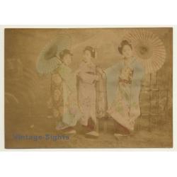 Japan: 3 Geishas In Kimonos *2 / Wagasa - Meiji Period...