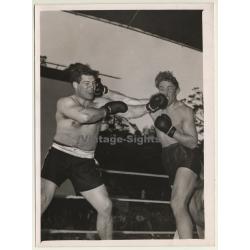 Boxing Berlin 1952: Conny Rux vs Eugene Roberts (Vintage Press...