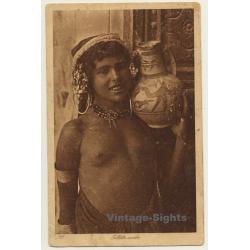 Lehnert & Landrock N° 133: Fillette Arabe / Topless - Ethnic...