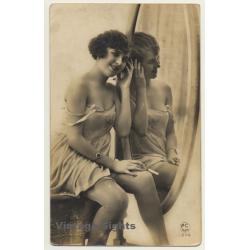 P.C. Paris 1374: Pretty French In Lingerie / Cigarette -...