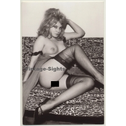 Collection Serge Jacques: Nude Pin-Up On Couch (Limited Ed....