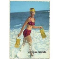 Pinup Girl In The Surf / Diving Mask - Fins - Bikini (Vintage...