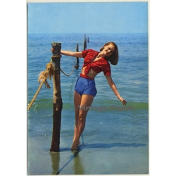 Red-haired Pinup Girl On Seashore / Beachwear (Vintage PC...