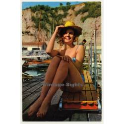 Pinup Girl On Boat Landing Stage *2 / Bikini (Vintage PC Raker...