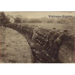 Sweden 8.3.1913: Före Anfallet / Soldiers In Trench (Vintage...