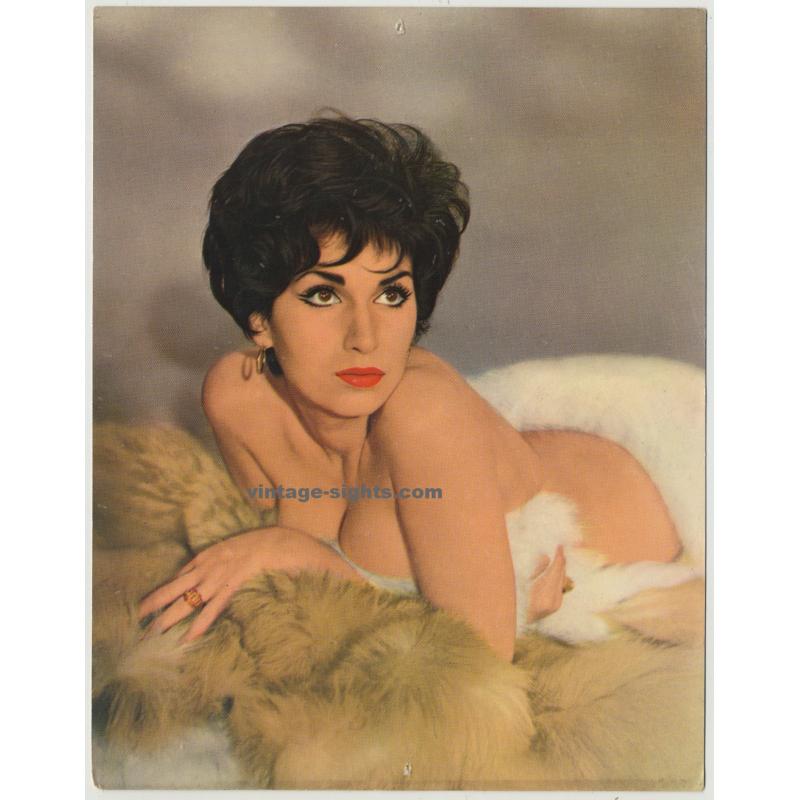 Ivonne Romain (Vintage German Pin Up Card)