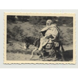 Bedouin Racing On His Donkey / Caftan - Turban (Vintage Photo B/W)