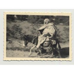 Bedouin Racing On His Donkey / Caftan - Turban (Vintage Photo B/W)