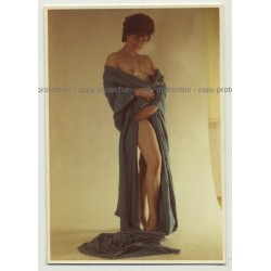 Nude Female 50s Model Wrapped In Blue Fabric / Nip Slip (Vintage Photo 1950s)