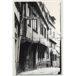 76100 Rouen / France: Hotel In Old Alley / Neon (Vintage Photo B/W 1963)