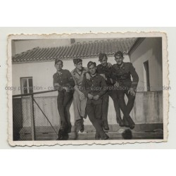 Group of Soldiers: Especialistas de Málaga (Vintage Photo B/W 1939)
