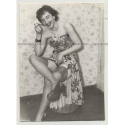 Geeky Tall Smoking Model In Lingerie / Big Smile (Vintage Photo B/W ~ 40s/50s)