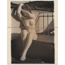Artful Nude On Sun Terrace (Vintage Photo B/W ~1930s / 30 x 24 cm)