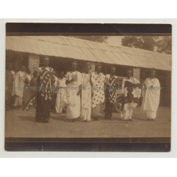 Group Of African People In Traditional Costumes / Congo? (Vintage Photo B/W 1920s/1930s)