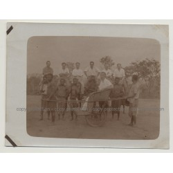 Kolonialherr In Push-Carry Trolley 2 / Belgian Congo (Vintage Photo B/W 1920s)