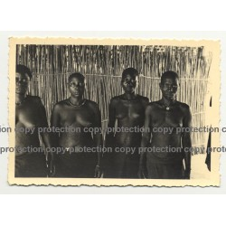 4 Native African Women In Hut - Tribal Marks / Congo? (Vintage Photo B/W ~1930s/1940s)