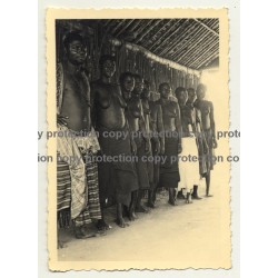 African Tribal Man & Women In Hut - Tribal Marks / Congo? (Vintage Photo B/W ~1930s/1940s)